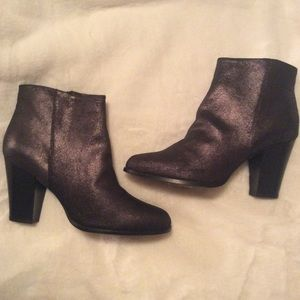 Aldo black booties, NEW, size 10